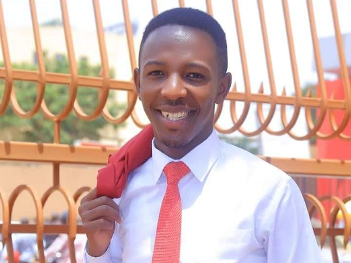 Alumni Voices: Celebrity Journalist, Mordecai Muriisa Sends Message to Ugandans in Lockdown