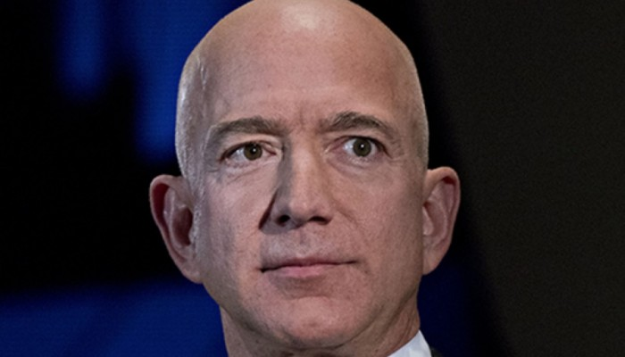 Kiu International Desk: Jeff Bezos Becomes The First Person Ever Worth $200 Billion.
